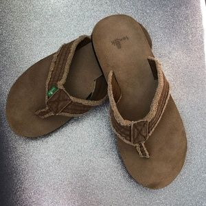 3ebaa052c16ea Sanuk Shoes | Brumeister Mens Size 10 Flip Flops | Poshmark